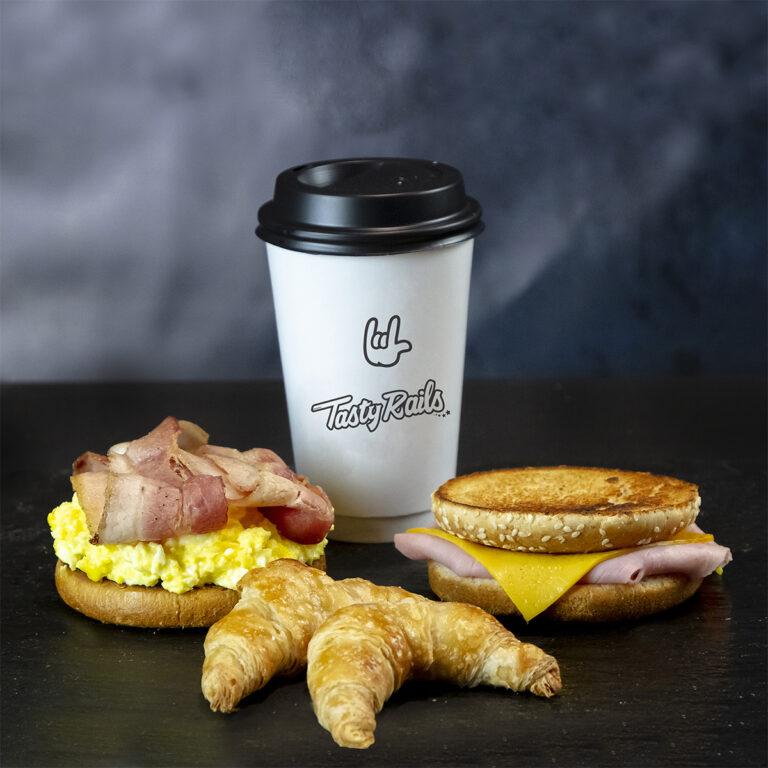 Promo Desayunos!! fast & Tasty!!